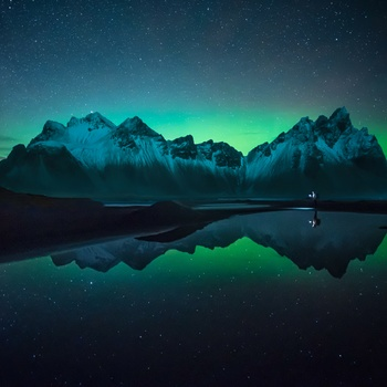 Borealis reflection by Efren Yanes
