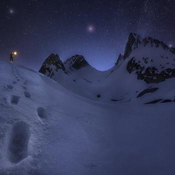 Magic in the night by Rubén Vela Martín