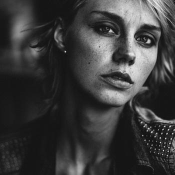 Kim Vl by Yannick Desmet
