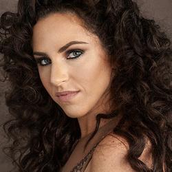 Lindsay Adler's picture