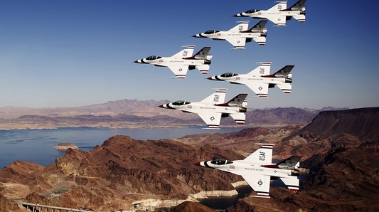 From Jet to Jet- Being the USAF Thunderbirds Official Photographer