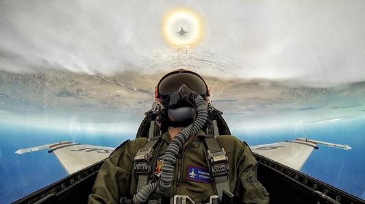 Blair Bunting Flies with the Thunderbirds