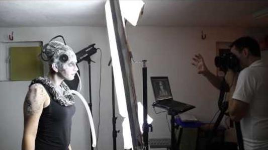Alien Headshots - Behind the Scenes - Michaela Zeng, Thomas Reitinger