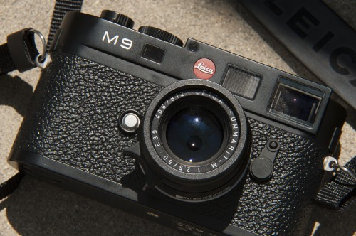 Reviewing The Ultimate Mirrorless Camera Leica M9