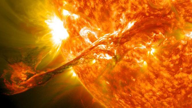 space214-solar-filament_59482_600x450