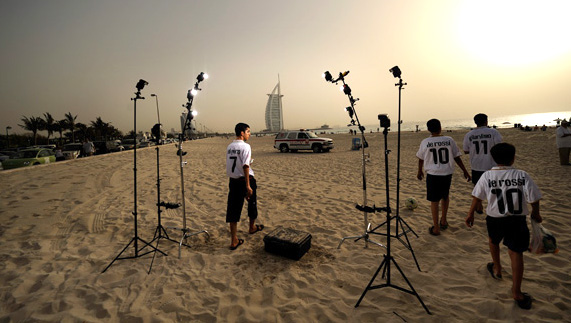 joe mcnally dubai desert shoot
