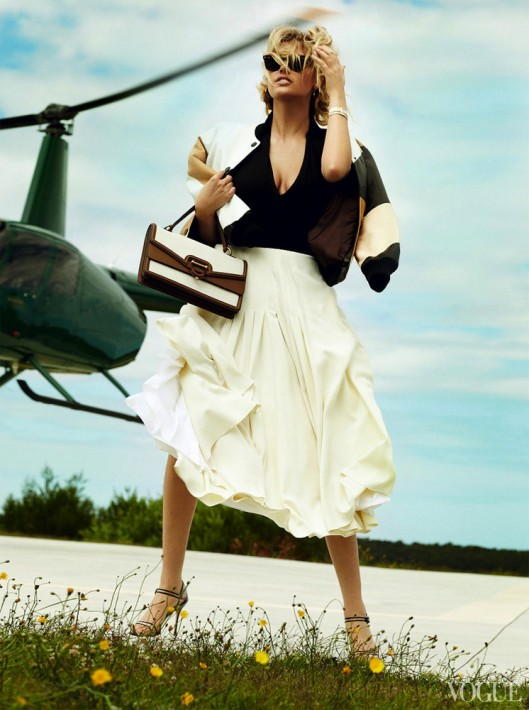 Kate Upton Vogue US June 2013-003