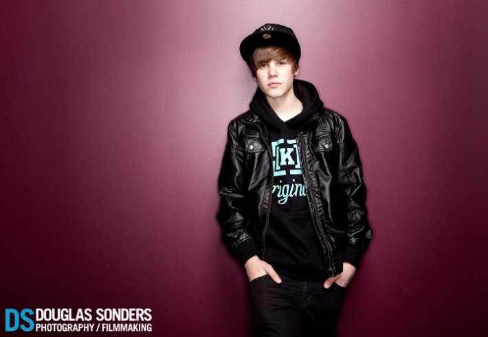 Justin Bieber: Shoot was less than 10 minutes total for 2 locations. This photo was 2 lights. One softbox and a ring light