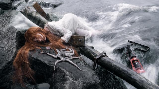 shipwreck_castaway_girl_vonwong_jenbrook