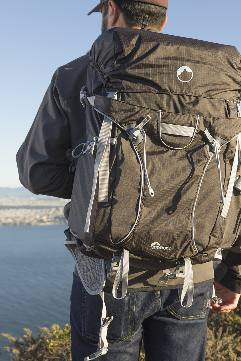 lowepro sport pro 30L aw review 5