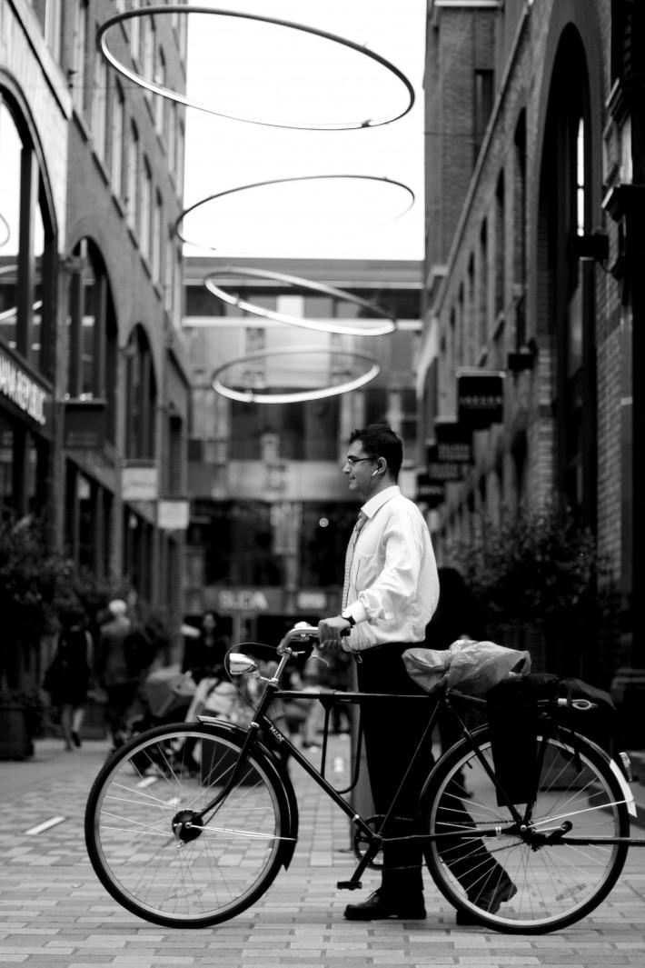 FStoppers_DavidGeffin_ShootingStrangers_Naturallight_portrait_street_IMG_0090