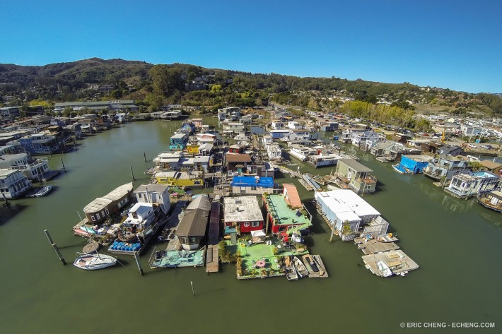 Sausalito Gate 6 Houseboat Co-Op