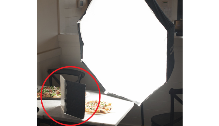 table_top_v_reflector_in_use_3