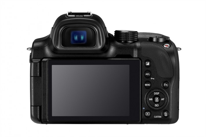 NX30 2 Fstoppers