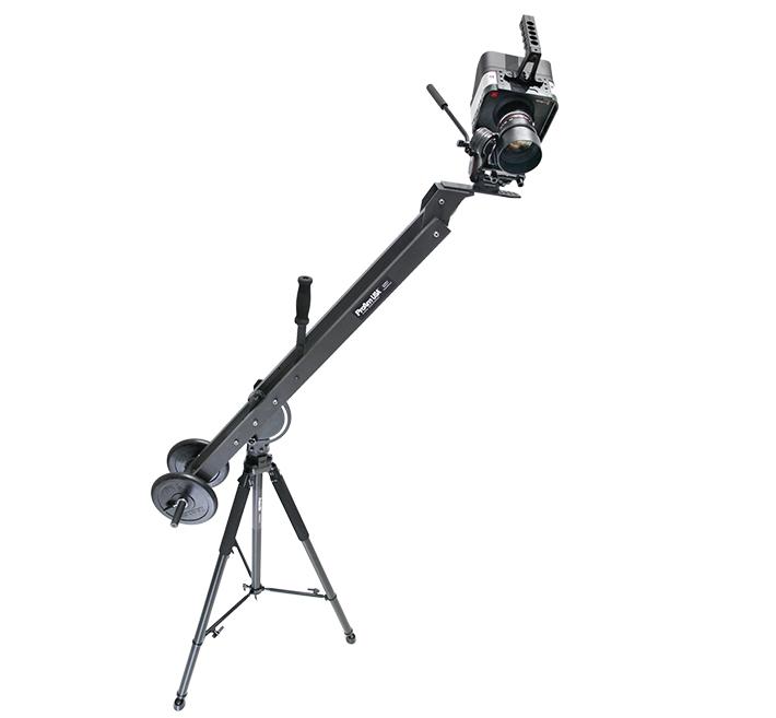 fstoppers Taurus-Jr-HD60-Tripod-Camera-Head-2 copy