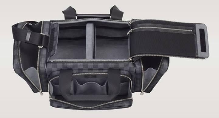 Louis-Vuitton-Camera-Bag-2