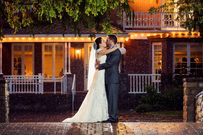 Fantastic_Wedding_Rain_Photos_Trevor_Dayley