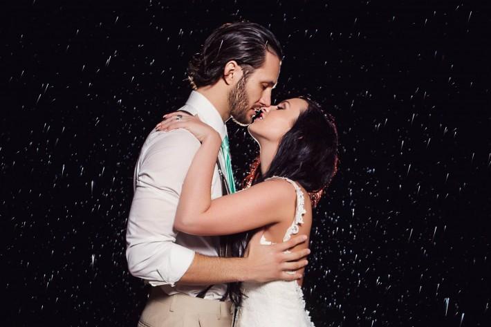 How_To_Shoot_Wedding_Photos_In_The_Rain_Trevor_Dayley