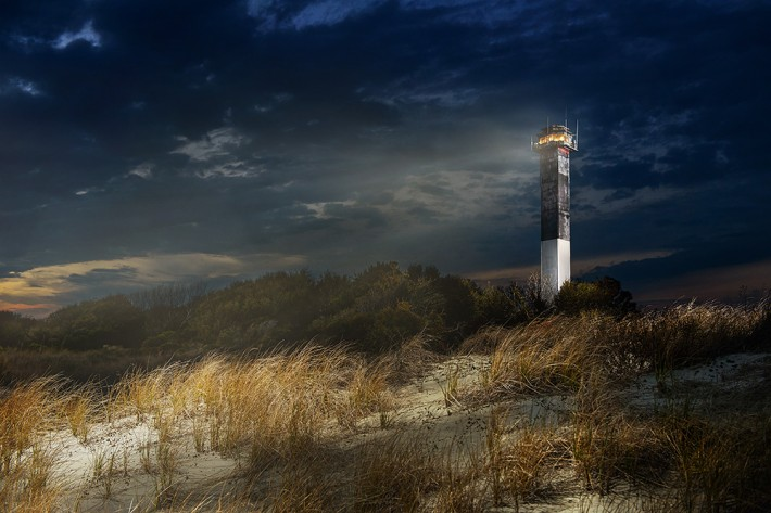 night shot sullivan's light house patrick hall