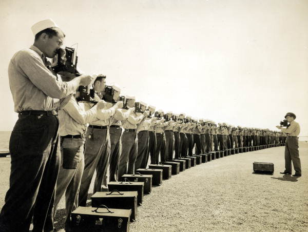 vintage photos of photographers show just how far our gear has come